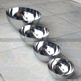 Internal polished mirror stainless steel hollow hemisphere