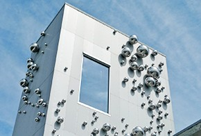 Stainless steel balls are installed on Norwegian walls